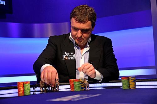 Игра рулетка с политиками русское казино на деньги
